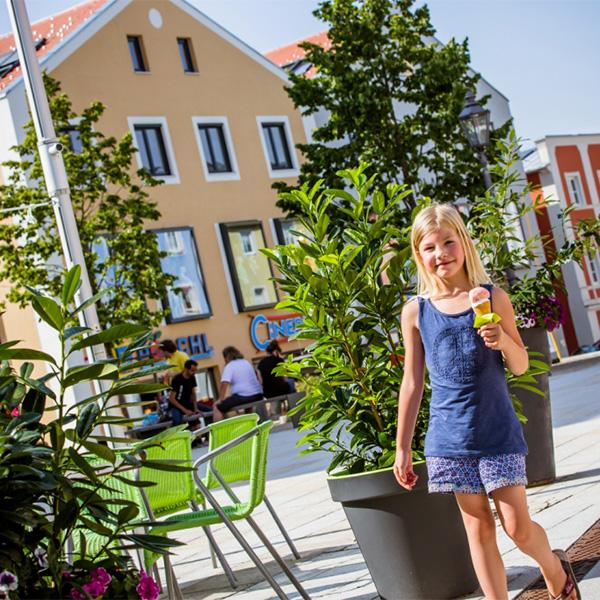 Stadt Freyung Kind mit Eis